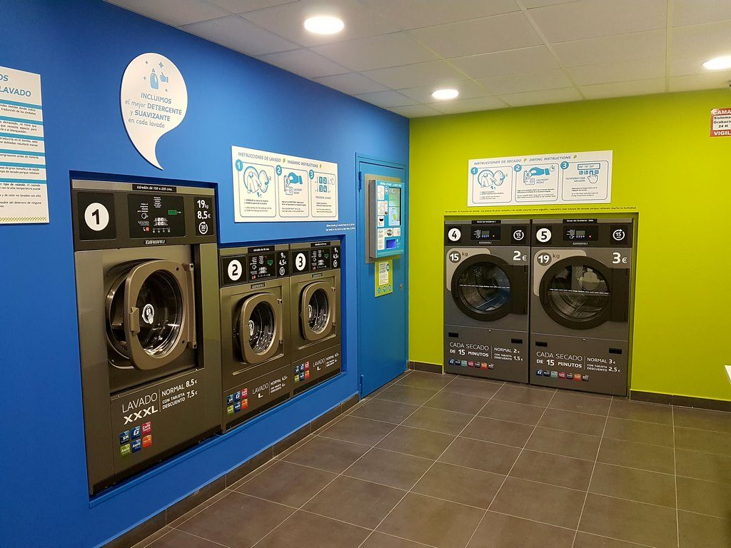 lavanderia-automatica-la-wash-gonzalo-bilbao-12-sevilla-1024x768